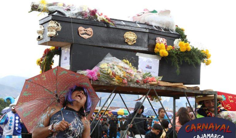 Miles de personas despidieron a Ño Carnavalón
