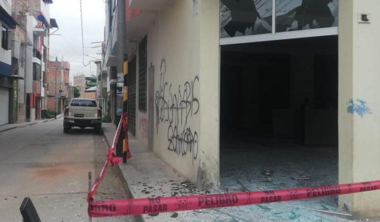 Detonan explosivo en puerta de hotel en Cajamarca