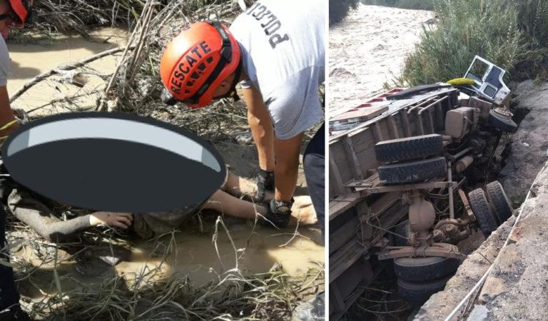Recuperan los cuerpos de cuatro personas de camión que cayó al río Jequetepeque