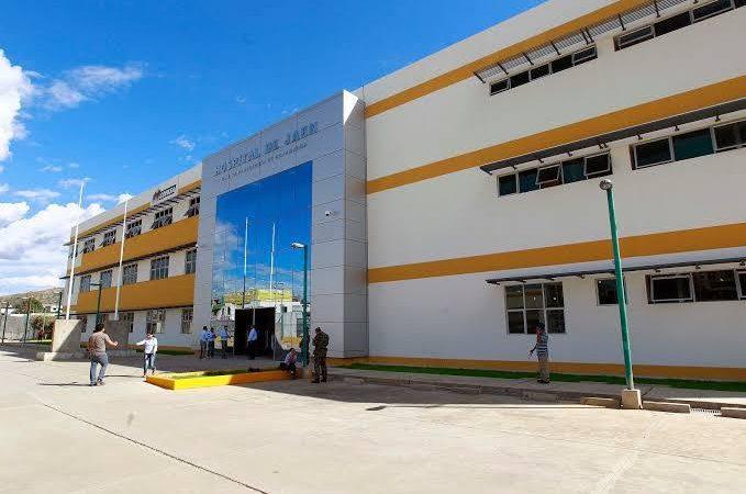 Gobernador Regional emprende acciones para el funcionamiento del Hospital de Jaén